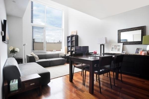 The Foundry Living Room, Luxury Rentals in LIC