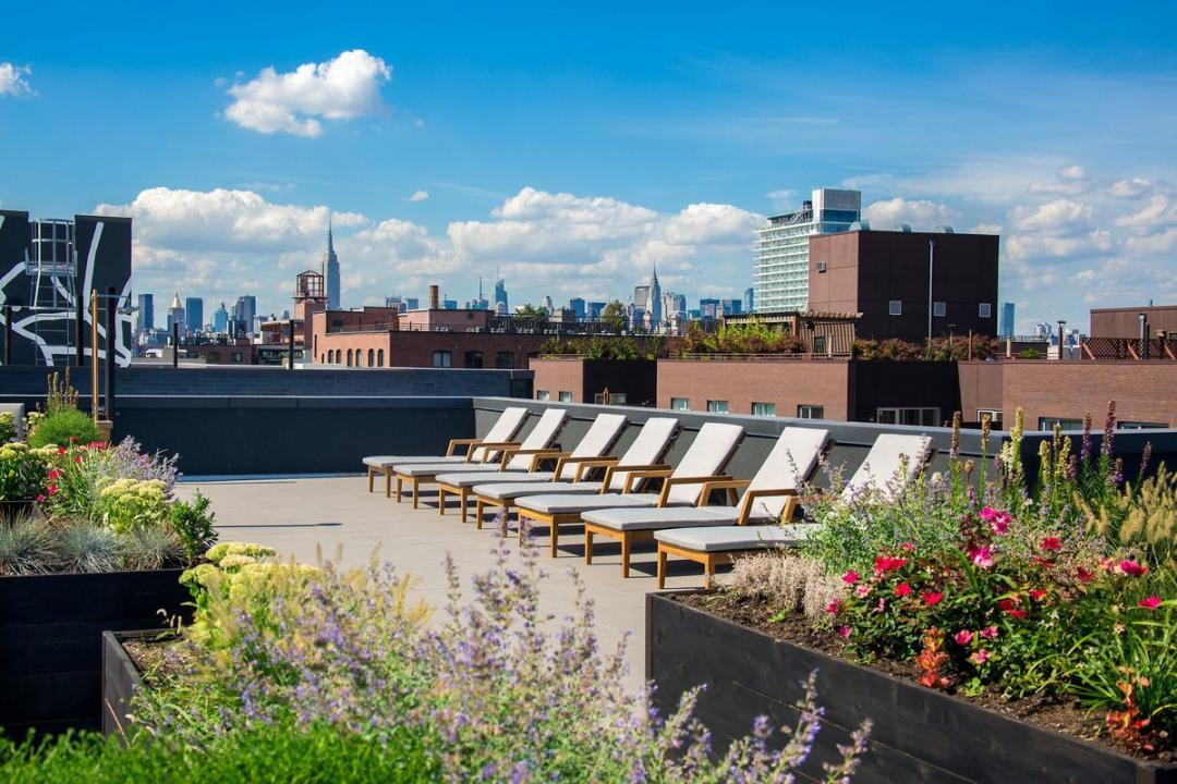 Rooftop Terrace at 223 North 8th Street in Brooklyn - Apartments for rent