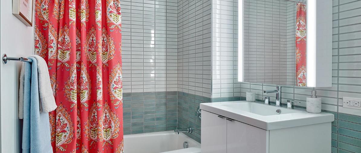 Rentals at 435 West 31st Street in Midtown West - Bathroom