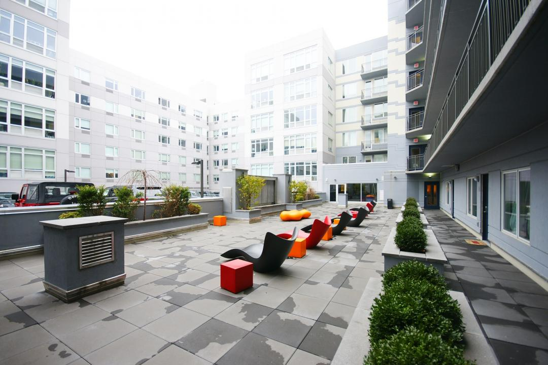 Courtyard at 40 North 4th Street in Williamsburg - Apartments for rent