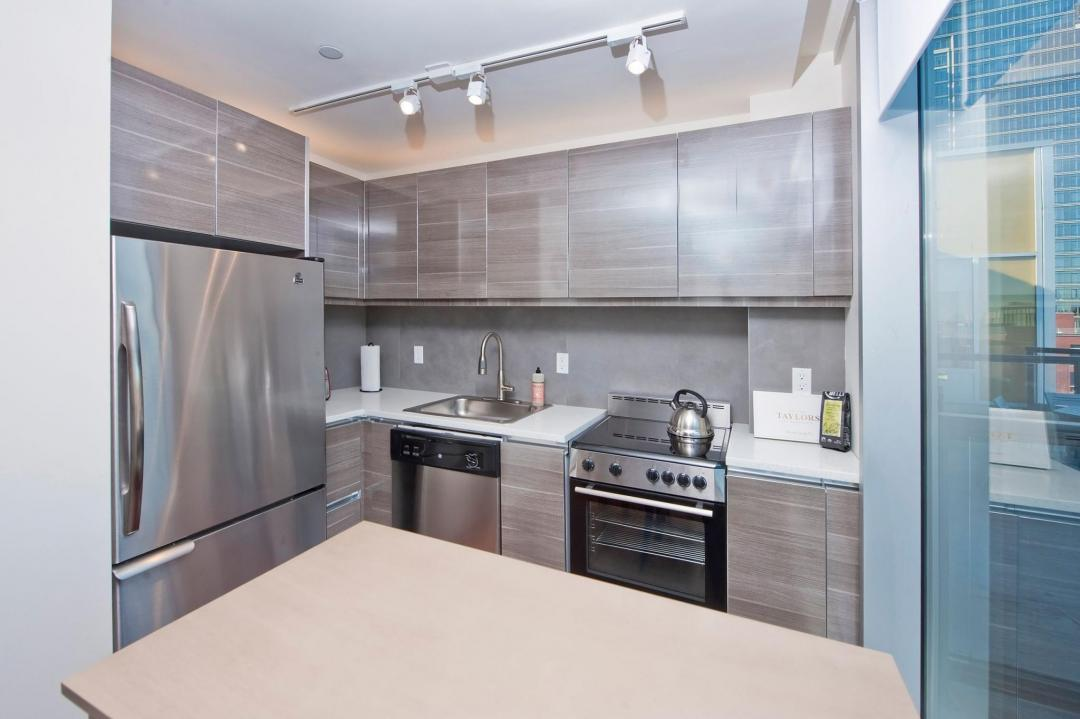 Open Kitchen at The Wave in NYC - Apartments for rent