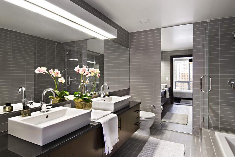Downtown Brooklyn Condo Toren Bathroom