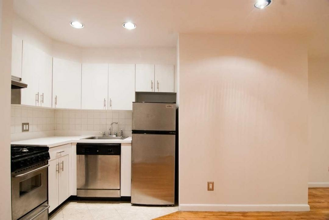 Open Kitchen at The Van Dorn in Manhattan - Apartments for rent