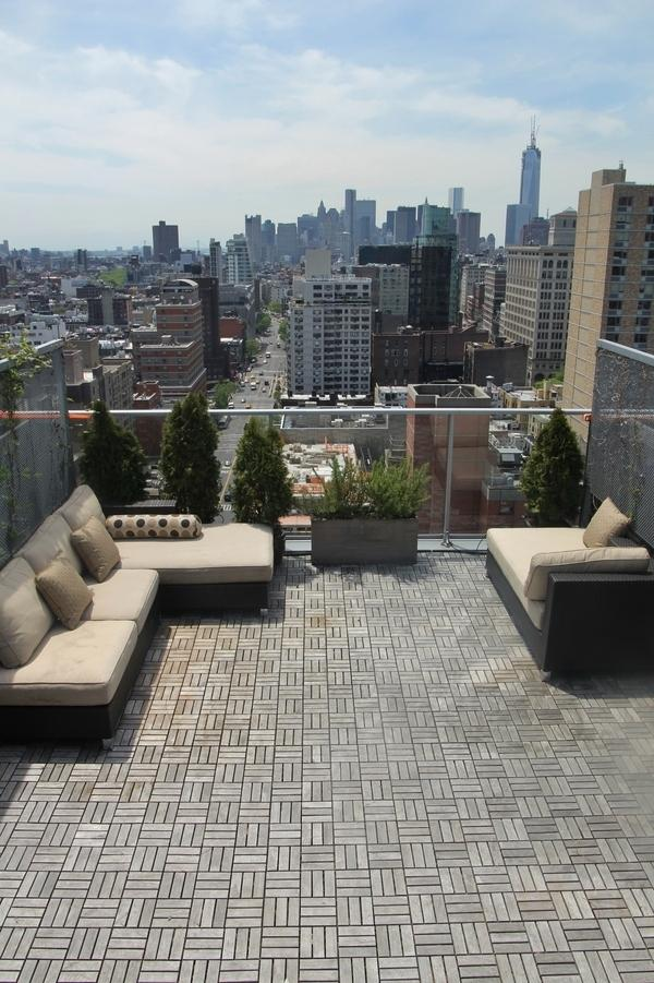 Rooftop Deck with View - 110 Third Avenue Apartments