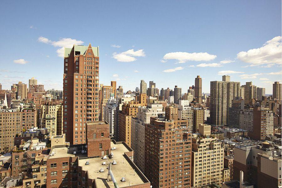City view from The Siena - 188 East 76th Street