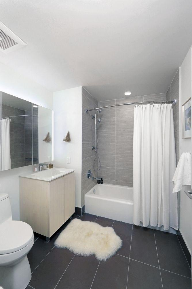 Apartments for rent at Watermark LIC in Long Island City - Bathroom