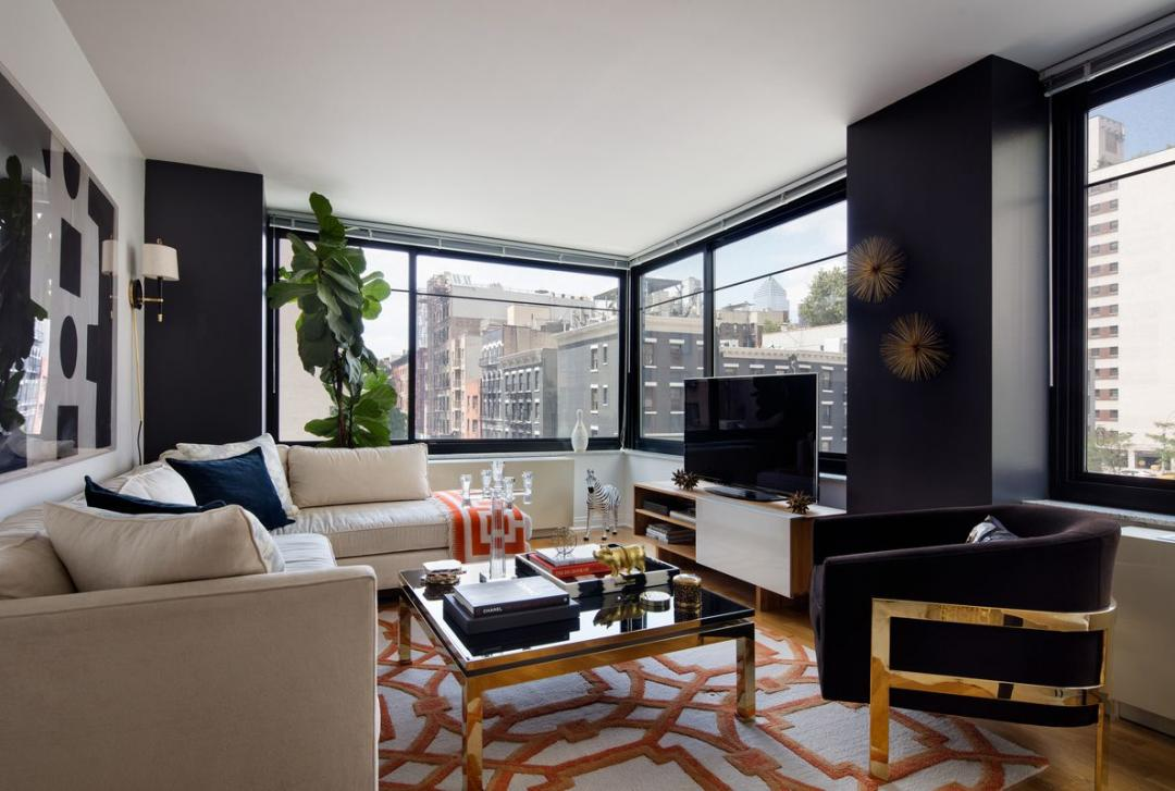 180 West 20th Street Living Room - Chelsea Rental Apartments