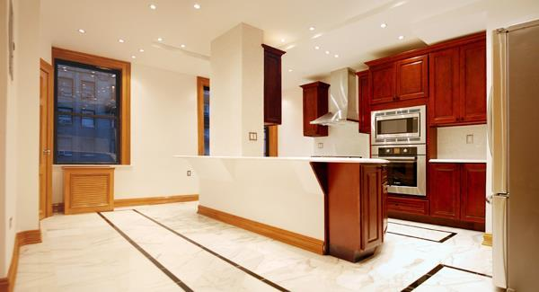 Open Kitchen at 575 West End Ave in Manhattan