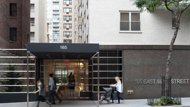 Apartments for rent at Hanley New York in Upper East Side - Entrance