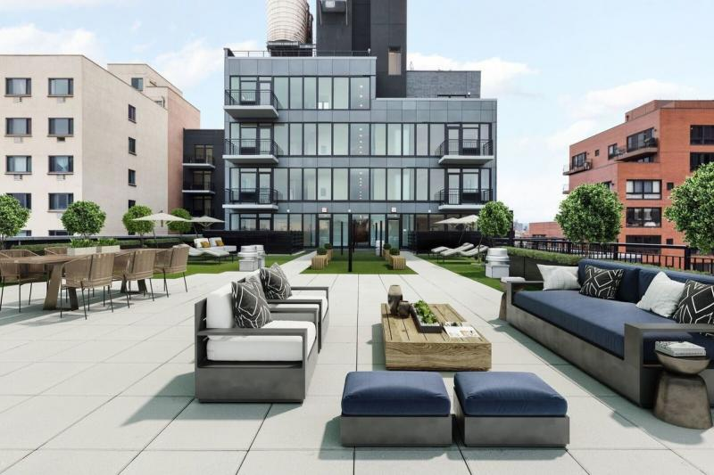 Rooftop Deck at 2211 Third Avenue in East Harlem - Apartments for rent