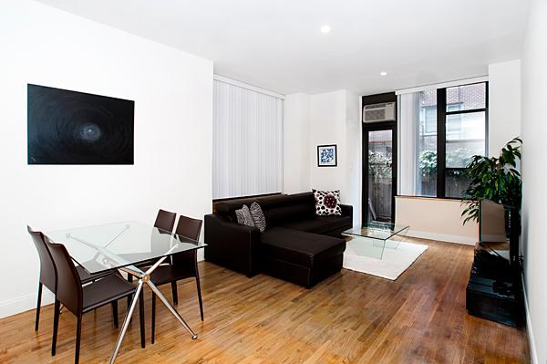 Living Room - 228 West 71th Street - Upper West Side - Luxury Apartments