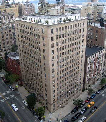 Apartments for rent at 393 West End Avenue in Upper West Side