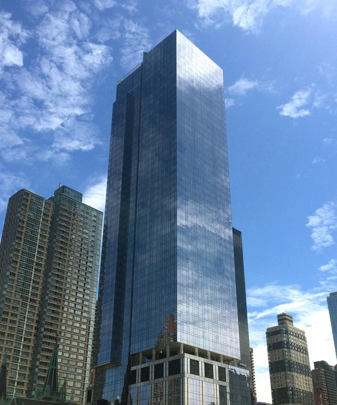Apartments for rent at 555 Tenth Avenue in NYC