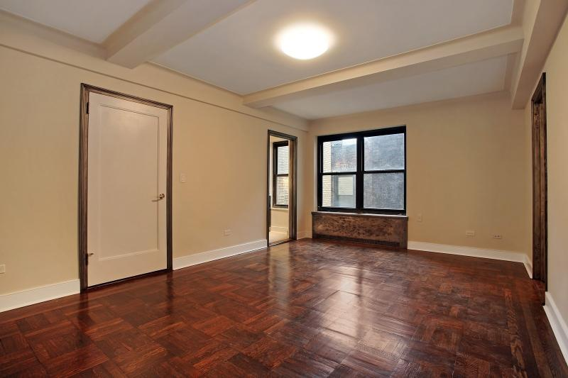 56 Seventh Avenue - Greenwich Village - Apartment For Rent