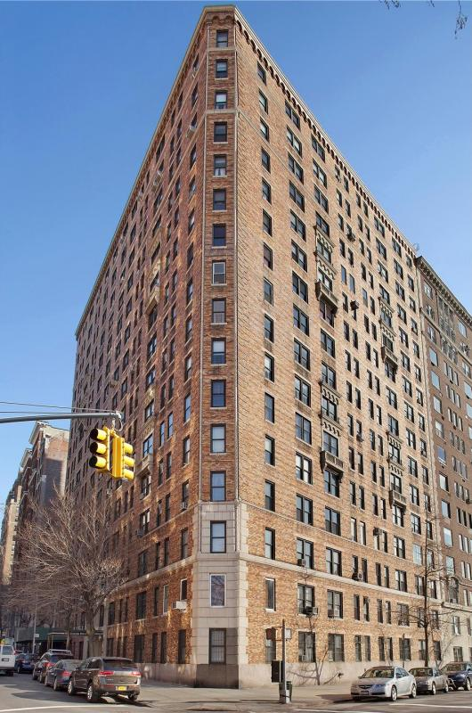 Apartments for rent at 98 Riverside Drive in Upper West Side