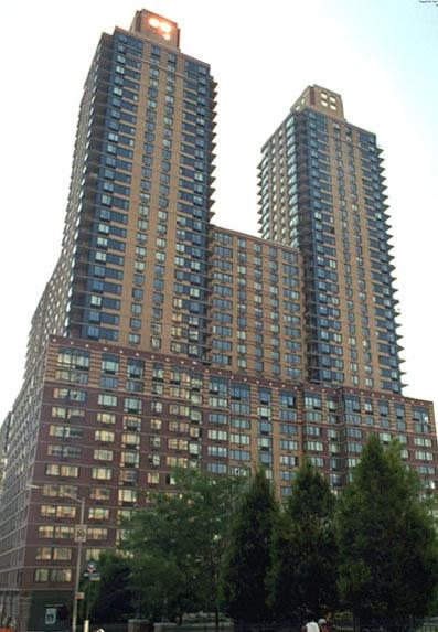 West End Towers Building - Upper West Side Apartment Rentals