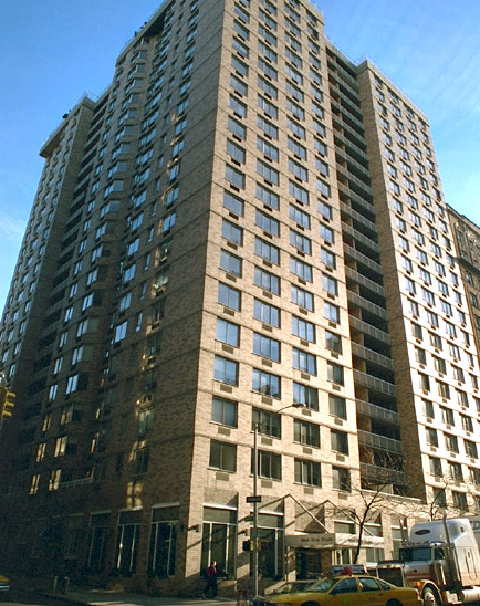 West River House Building - 424 West End Avenue apartments for rent