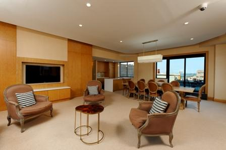 The Sagamore rentals lounge - 189 West 89th Street NYC apartments