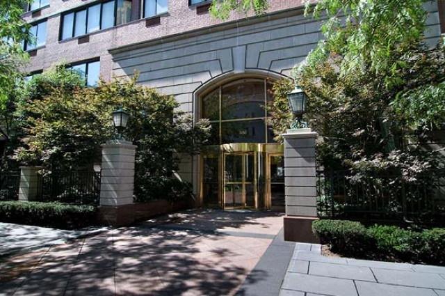 The Lucerne Entrance - Upper East Side Apartment Rentals
