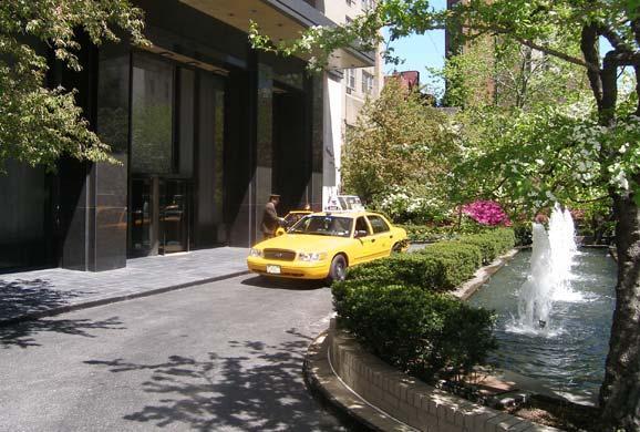The Stratford Entrance - Upper East Side Apartment Rentals