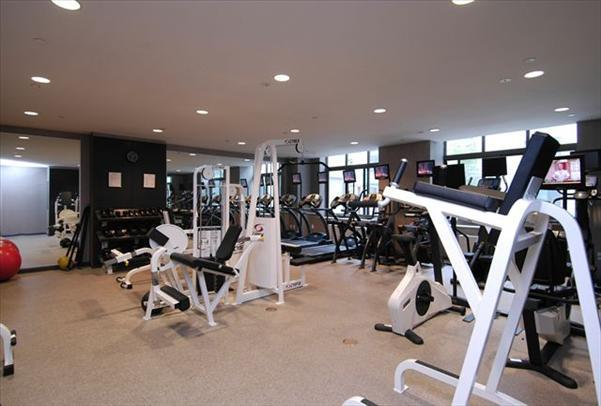 600 Washington Gym – West Village Rental Apartments
