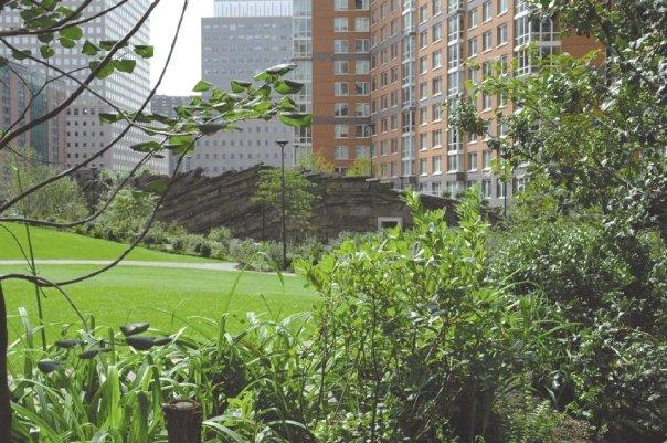 20 River Terrace Garden - Battery Park City Rental Apartments