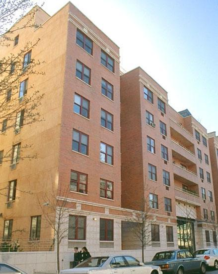 Tompkins Square Plaza Building – 190 East 7th Street apartments for rent
