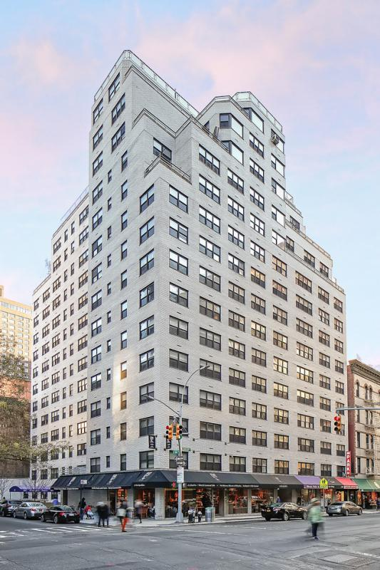 Apartments at Lexington Towers - 160 East 88th Street
