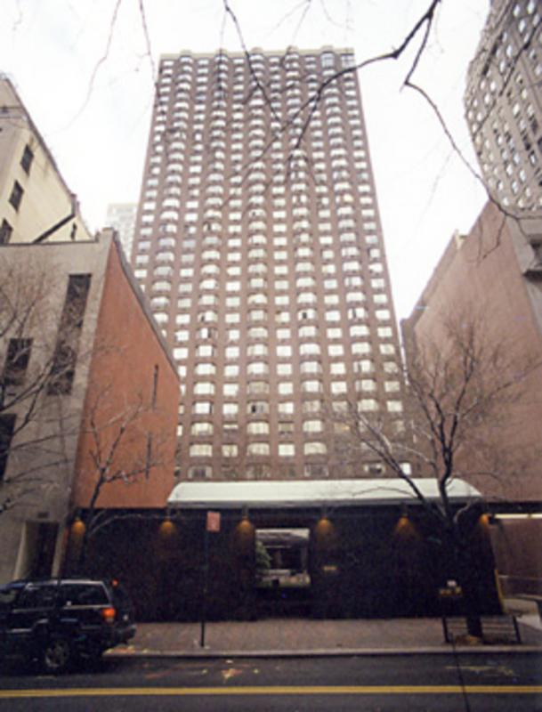 Rivercourt Building - 429 East 52nd Street apartments for rent