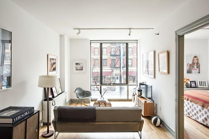 Apartments for rent at Cobble Hill Mews - Living room