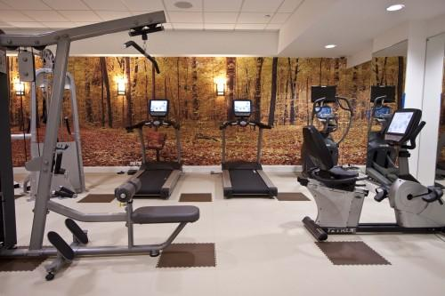 Fitness Room - 805 Columbus Avenue - Manhattan Rentals