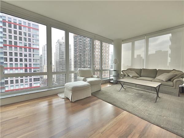 The Veneto Livingroom - Manhattan Condos for Rent