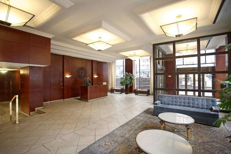 The Building's lobby at 166 East 34th Street in Murray Hill
