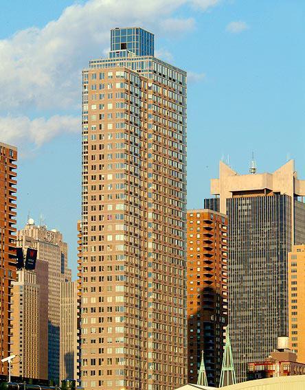 561 Tenth Avenue - Exterior