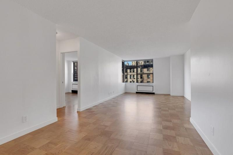 247 West 87th Street Living Room - Upper West Side Rental Apartments