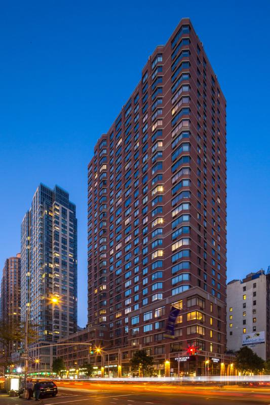 The Vanguard Chelsea Building - 77 West 24th street apartments for rent