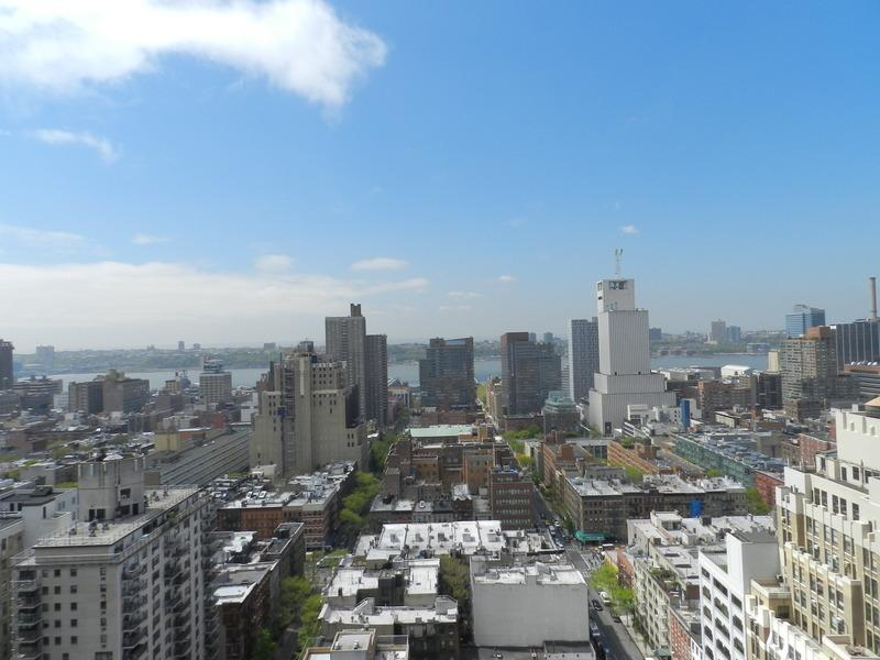 View from The Link Rentals - NYC Apartments in Midtown West