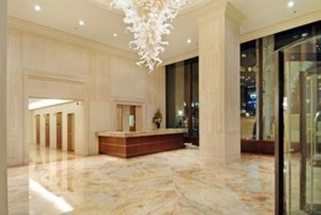 30 Lincoln Plaza Lobby - Manhattan Apartments for rent